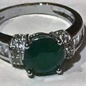 Jewelry - Emerald and white sapphire ring